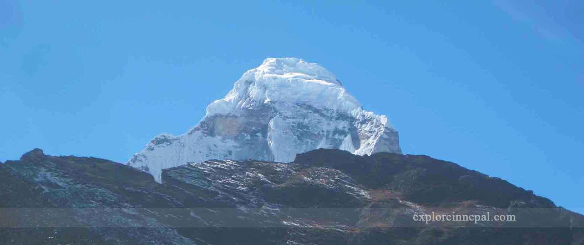 lobuche-peak-explore